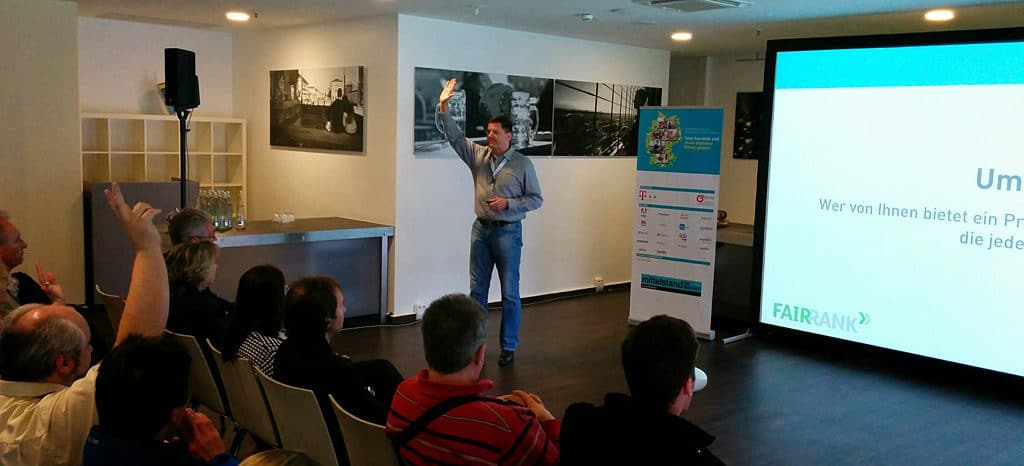 Trainer und Speaker nikolaus Herbert legt Wert auf Interaktion mit dem Publikum