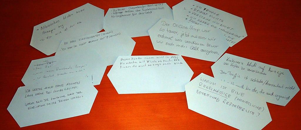 Karten mit Kunden-Einwänden der Teilnehmer
